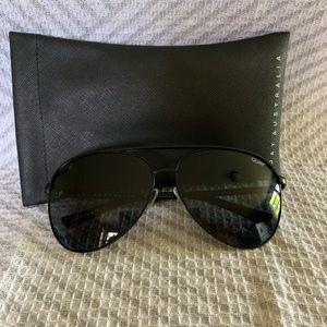 QUAY Vivienne aviator sunglasses